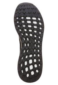 adidas Performance - RESPONSE - Neutral running shoes - schwarz/weiß - 4