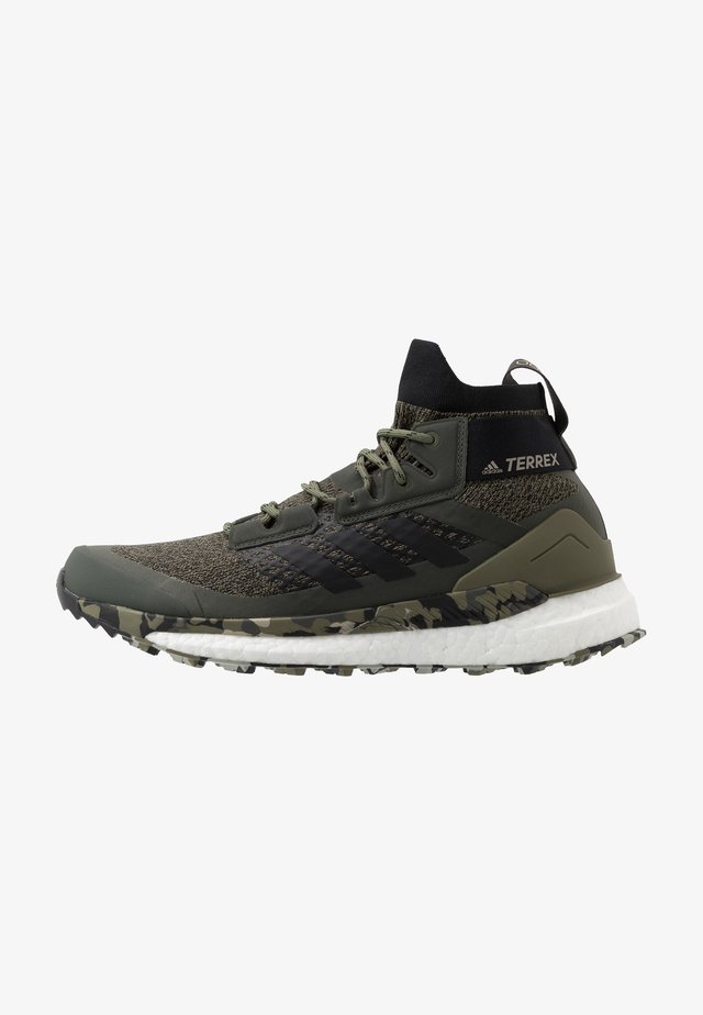 TERREX FREE HIKER - Zapatillas de senderismo - raw khaki/core black