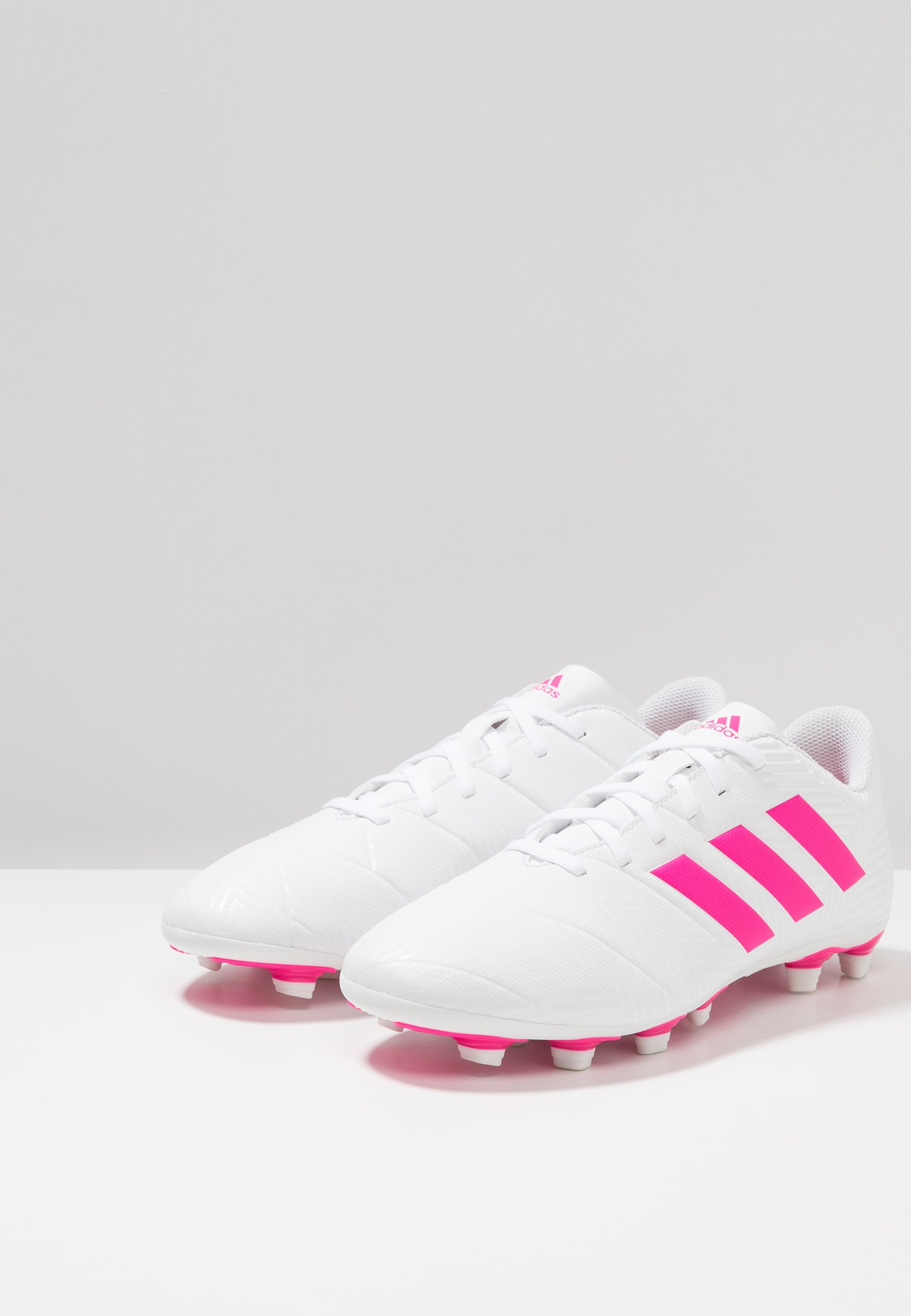 adidas Performance NEMEZIZ 18.4 FXG - Chaussures de foot à crampons footwear white/shock pink
