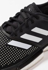 adidas Performance - SOLECOURT BOOST CLAY - da tennis per terra battuta - clear black/footwear white/raw white - 5