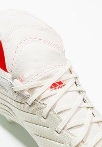 adidas Performance - COPA GLORO 19.2 FIRM GROUND BOOTS - Fußballschuh Nocken - offwhite/solar red/core black - 5