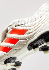 adidas Performance - COPA GLORO 19.2 FIRM GROUND BOOTS - Fußballschuh Nocken - offwhite/solar red/core black - 6