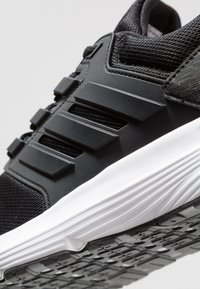 adidas Performance - GALAXY 4 - Zapatillas de running neutras - core black