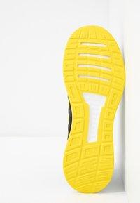 adidas Performance - RUNFALCON - Hardloopschoenen neutraal - core black/shock yellow/footwear white - 4