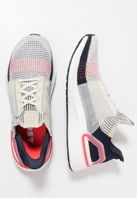 adidas Performance - ULTRABOOST 19 - Juoksukenkä/neutraalit - clear brown/white/footwear white - 1