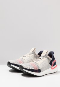 adidas Performance - ULTRABOOST 19 - Juoksukenkä/neutraalit - clear brown/white/footwear white - 2