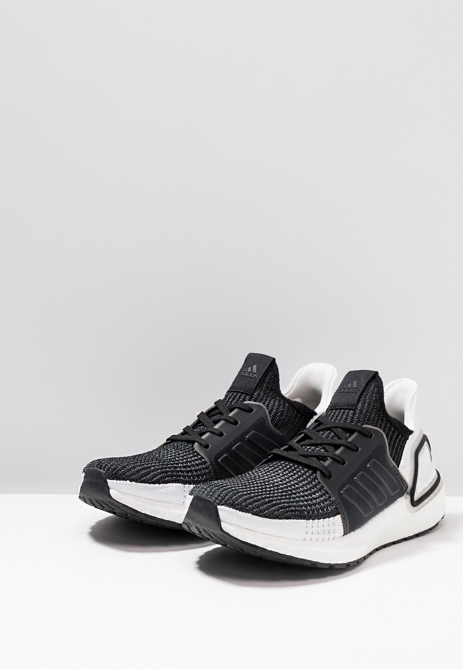 Black grey De Adidas Performance Running Ultraboost Six grey Neutres Core Four 19Chaussures kZiOXPu
