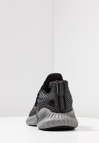 adidas Performance - ALPHABOUNCE INSTINCT - Neutrale løbesko - core black/footwear white/grey three - 3