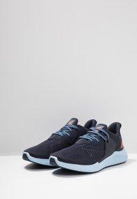 adidas Performance - ALPHABOUNCE RC 2 - Neutrální běžecké boty - legend ink/solar orange/glow blue - 2