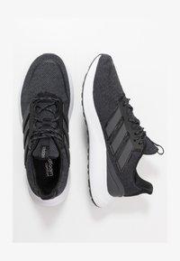 adidas Performance - ENERGYFALCON CLOUDFOAM RUNNING SHOES - Obuwie do biegania treningowe - core black/grey six/footwear white - 1