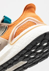 adidas Performance - ULTRABOOST 19 - Nøytrale løpesko - tech copper/trace khaki/tech  mint - 5