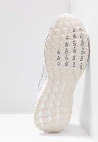 adidas Performance - NOVA RUN - Hardloopschoenen neutraal - footwear white/grey two - 4