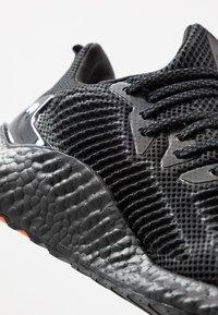 adidas Performance - ALPHABOOST - Laufschuh Neutral - core black/trace grey metallic - 5