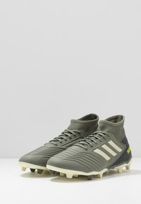 adidas Performance - PREDATOR 19.3 FG - Chaussures de foot à crampons - legend green/sand/solar yellow - 2