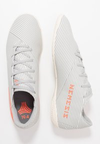 adidas Performance - NEMEZIZ 19.4 IN - Zaalvoetbalschoenen - grey two/solar orange/core white - 1