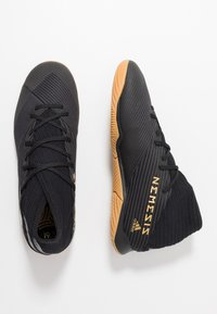 adidas Performance - NEMEZIZ 19.3 IN - Botas de fútbol sin tacos - core black/utility black - 1