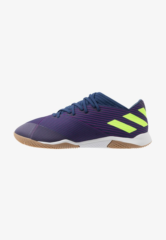 NEMEZIZ MESSI 19.3 IN - Zaalvoetbalschoenen - tech indigo/signal green/glow purple