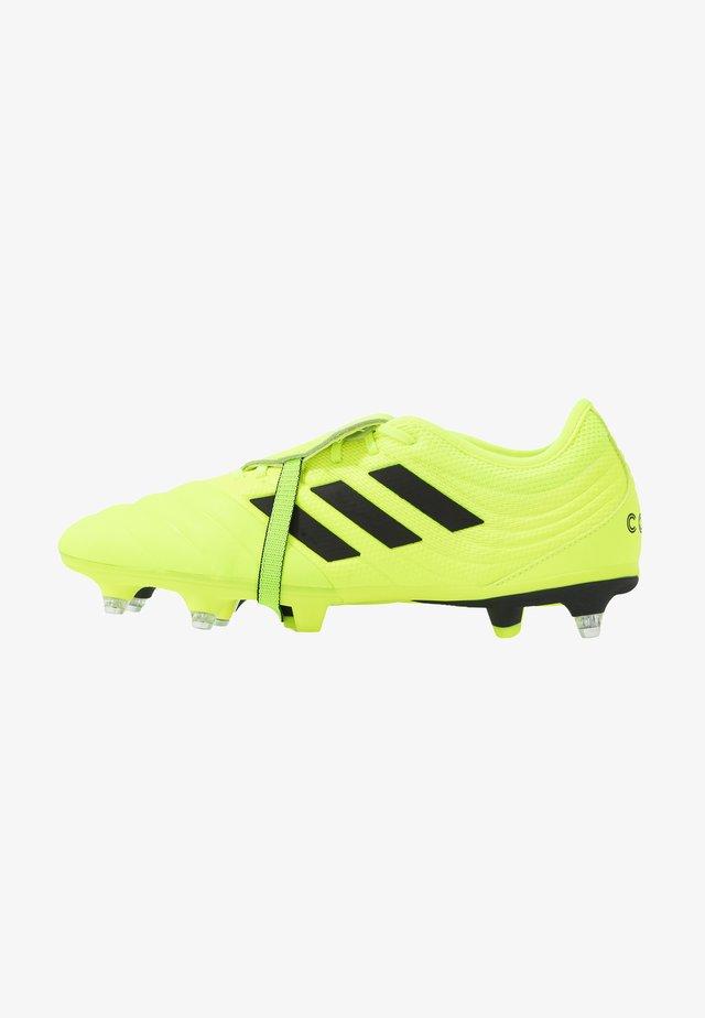 COPA GLORO 19.2 SG - Voetbalschoenen met metalen noppen - solar yellow/core black