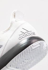 adidas Performance - DEFIANT BOUNCE 2 - Zapatillas de tenis para todas las superficies - footwear white/core black - 5