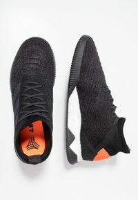 adidas Performance - PREDATOR 19.1 TR - Træningssko - core black/utility black/solar orange - 1