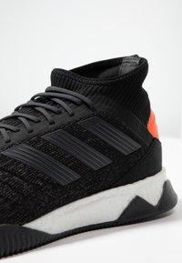 adidas Performance - PREDATOR 19.1 TR - Træningssko - core black/utility black/solar orange - 5