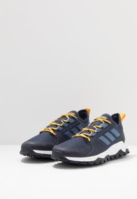 adidas Performance - KANADIA - Løbesko trail - trace blue/tech ink/active gold - 2