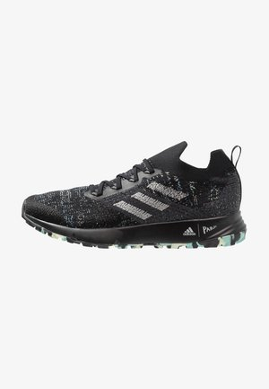 TERREX TWO PARLEY TRAIL RUNNING SHOES - Zapatillas de trail running - core black/grey two/link green