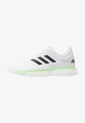 SOLECOURT BOOST - Clay court tennis shoes - footwear white/core black/glow green