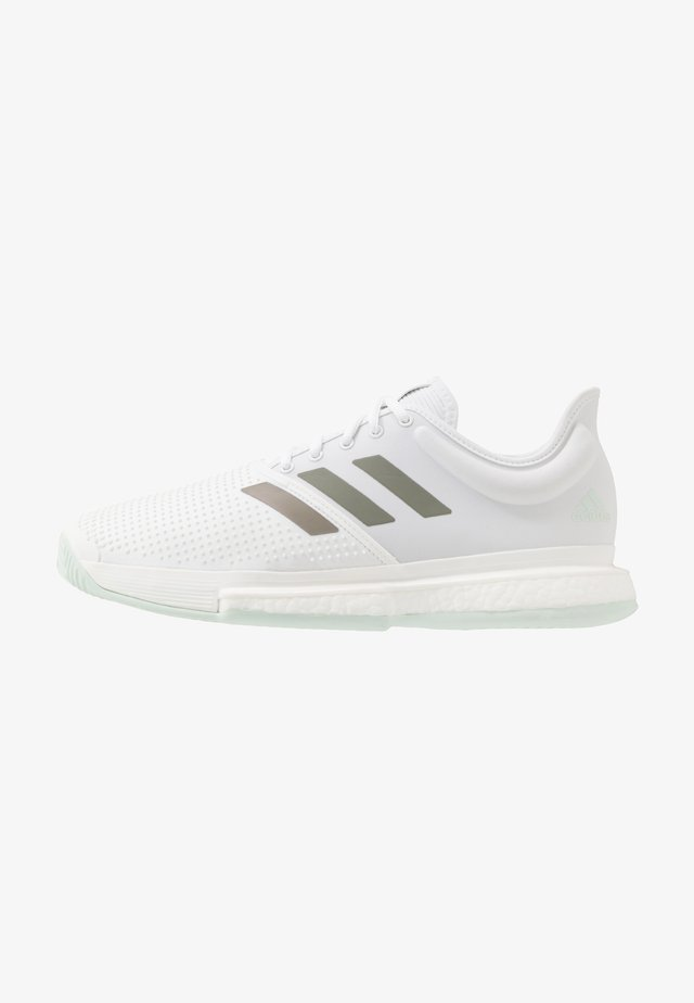 SOLECOURT BOOST - Clay court tennis shoes - footwear white/legend green/granit tint