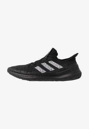 SENSEBOUNCE + - Neutral running shoes - core black/footwear white