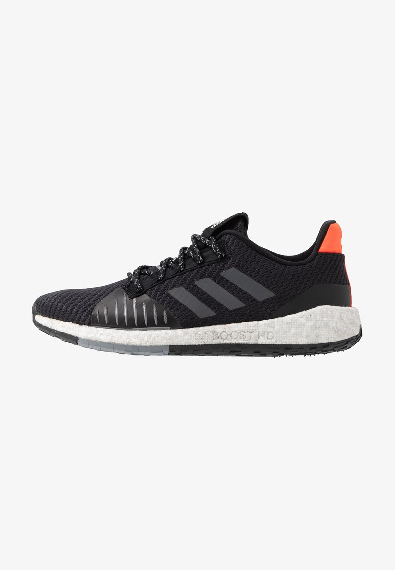 adidas Performance - PULSEBOOST HD PRCT - Laufschuh Neutral - core black/grey six/solar red