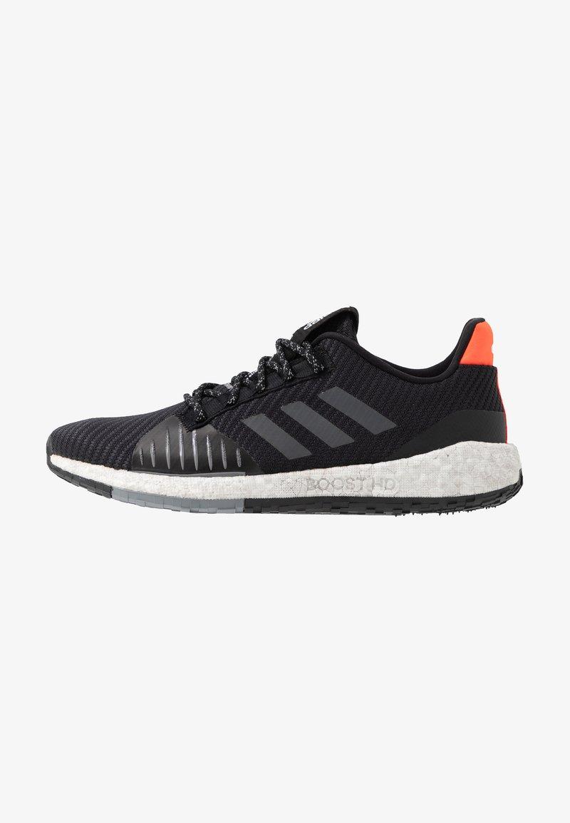 adidas Performance - PULSEBOOST HD PRCT - Neutrala löparskor - core black/grey six/solar red