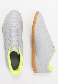 adidas Performance - COPA 20.4 IN - Botas de fútbol sin tacos - grey two/matte silver/solar yellow - 1
