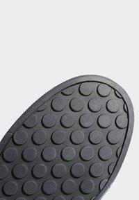 adidas Performance - FIVE TEN MOUNTAIN BIKE SLEUTH DLX SHOES - Fietsschoenen - grey - 7