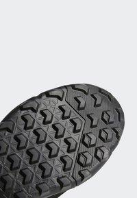 adidas Performance - TERREX EASTRAIL GORE-TEX - Obuwie hikingowe - grey/black - 8