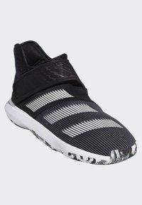 adidas Performance - HARDEN B/E 3 SHOES - Basketball shoes - black/white/grey - 3