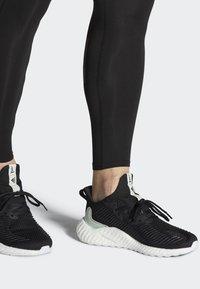 adidas Performance - ALPHABOOST PARLEY SHOES - Neutrala löparskor - black - 0