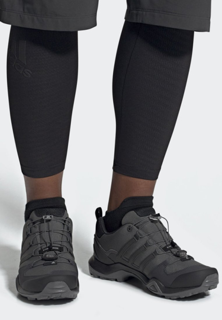 adidas Performance - TERREX SWIFT R2 SHOES - Trainers - grey
