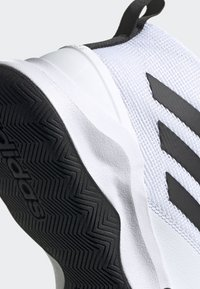adidas Performance - OWN THE GAME SHOES - Basketball shoes - white/black - 8