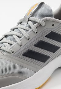 adidas Performance - NOVA FLOW - Neutral running shoes - grey two/legend ink/yellow - 5