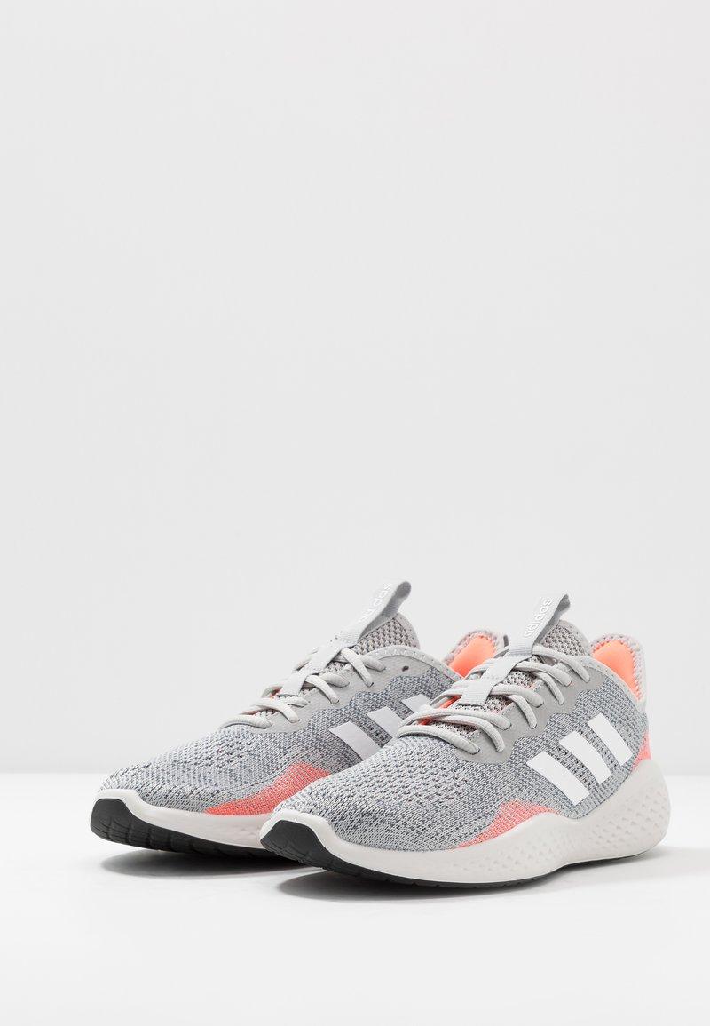 adidas Performance FLUIDFLOW - Nøytrale løpesko - grey two/footwear white/signal coral