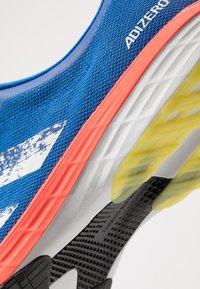 adidas Performance - ADIZERO RC 2 - Juoksukenkä/kisakengät - glow blue/core white/solar red - 5