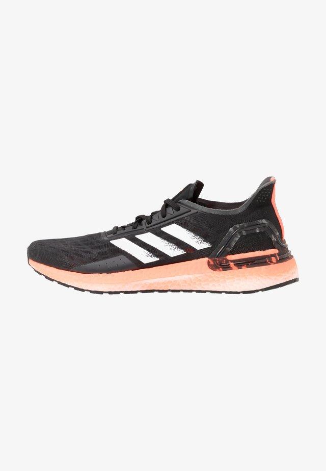 ULTRABOOST - Zapatillas de running neutras - core black/footwear white/signal coral