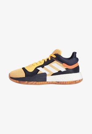 MARQUEE BOOST LOW SHOES - Sportschoenen - orange/white/blue
