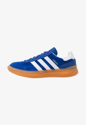 SPEZIAL BOOST - Handball shoes - royal/footwear white/gold metallic