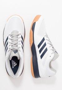 adidas Performance - SPEEDCOURT - Zapatillas de balonmano - footwear white/collegiate navy - 1