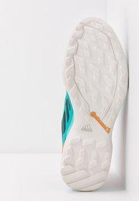 adidas Performance - TERREX AX3 GTX - Obuwie hikingowe - hi-res aqua/core black/grey one - 4