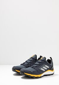 adidas Performance - TERREX AGRAVIC TRAIL RUNNING SHOES - Trail running shoes - onix/grey two/active gold - 2