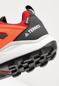 adidas Performance - TERREX AGRAVIC GORE-TEX TRAIL RUNNING SHOES - Trail running shoes - solar red/core black/grey two - 5