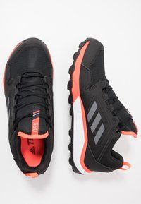 adidas Performance - TERREX AGRAVIC GORE-TEX TRAIL RUNNING SHOES - Obuwie do biegania Szlak - core black/grey four/solar red - 1